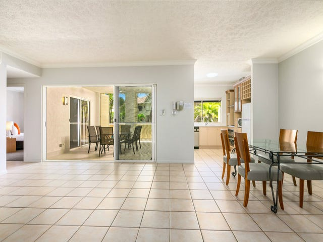 1005/2 Greenslopes Street, Cairns North, Qld 4870