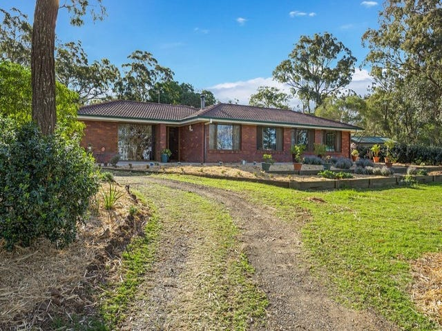 21 Thomas Street, Meringandan West, Qld 4352