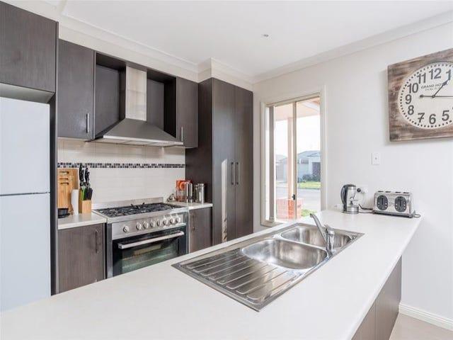 1/110 Flinders Avenue, Lara, Vic 3212