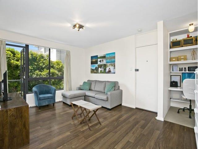 1/4 Pavilion Street, Queenscliff, NSW 2096