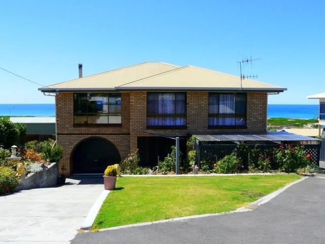 19 George Street, Scamander, Tas 7215