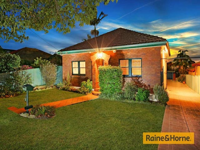 8 Mountview Avenue, Beverly Hills, NSW 2209