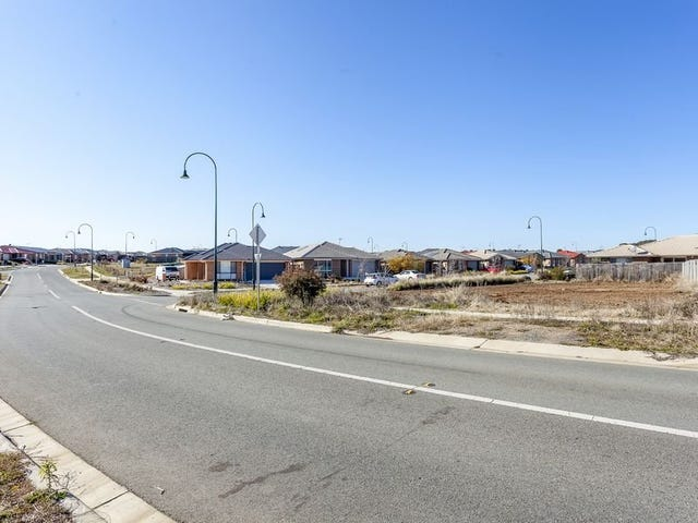 150 Macfarlane Burnett Avenue, MacGregor, ACT 2615