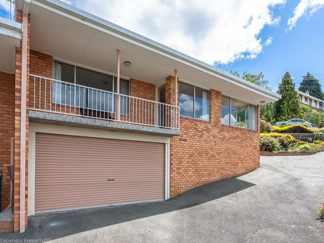 2/2 Broad Waters Parade, Sandy Bay, Tas 7005