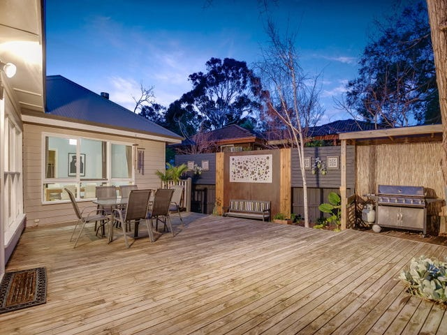 24 Mountain View Road, Mount Eliza, Vic 3930