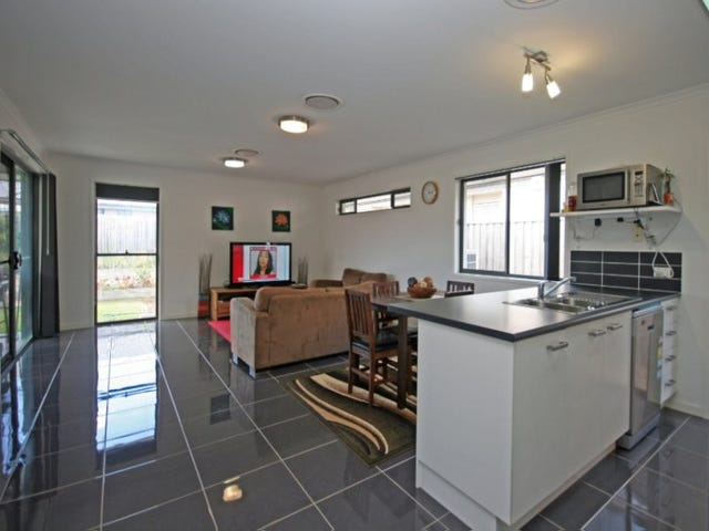 28 Condamine Street, Sippy Downs, Qld 4556