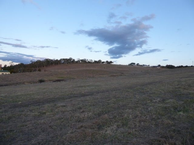 Lot 810, Snowgums Off Clyde Street, Goulburn, NSW 2580