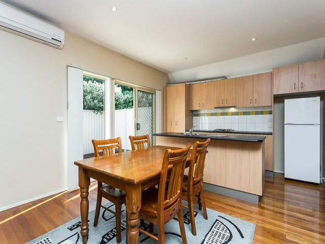 2/90 Military Road, Avondale Heights, Vic 3034