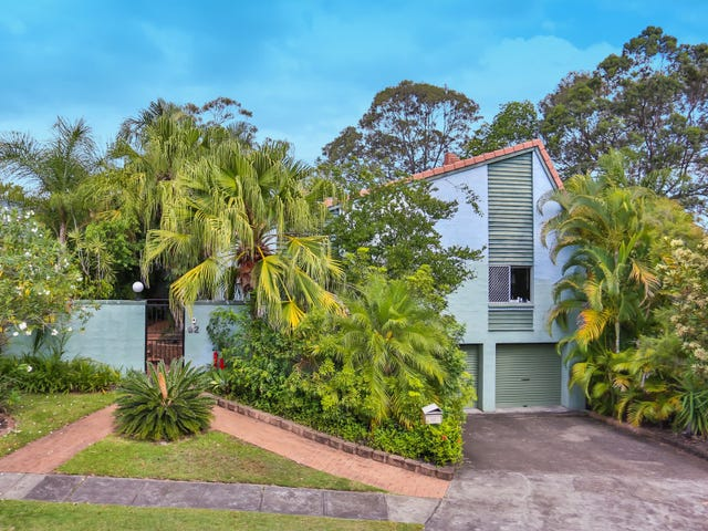 92 Lant Street, Chapel Hill, Qld 4069