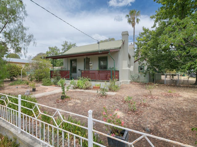 19 Lazarus St, West Bendigo, Vic 3550