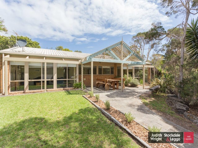 29 Chillingworth Road, Cowes, Vic 3922