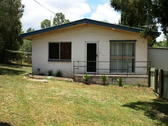 101 Darling Street West, West Ipswich, Qld 4305