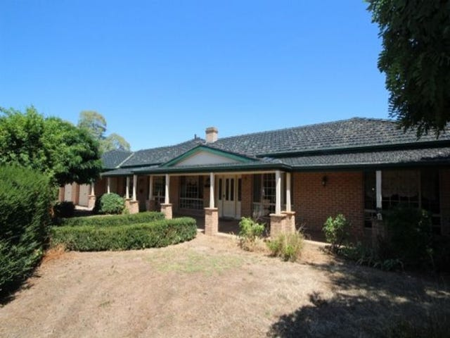 15 Sycamore Road, Lake Albert, NSW 2650