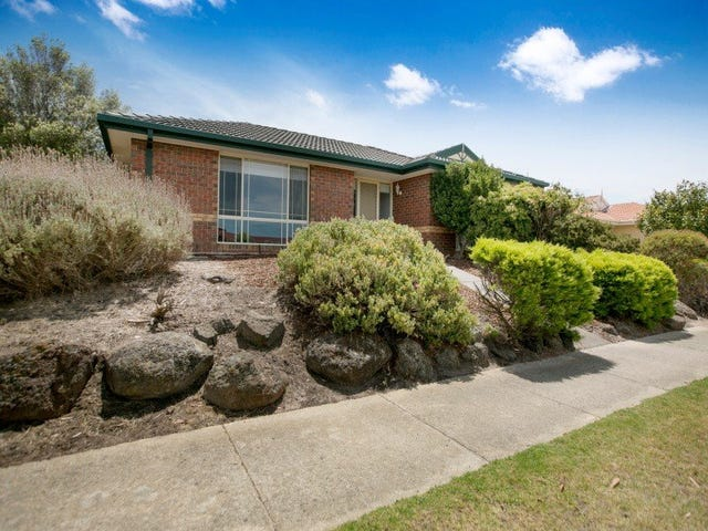 47 Parkside Crescent, Mornington, Vic 3931