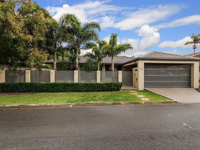 19 Curlew Cres, Burleigh Waters, Qld 4220