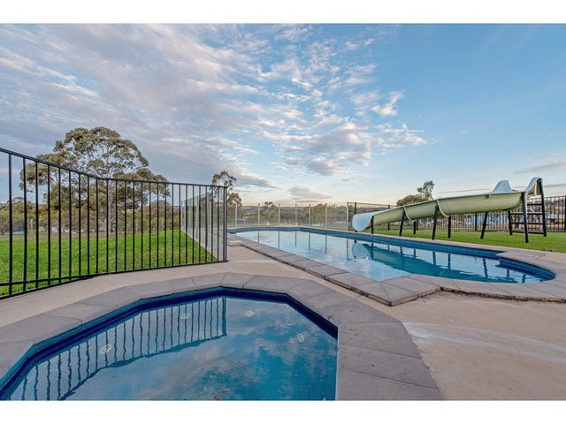 51 Peters Road, Meringandan West, Qld 4352
