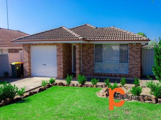 5 Westcott Place, Oakhurst, NSW 2761