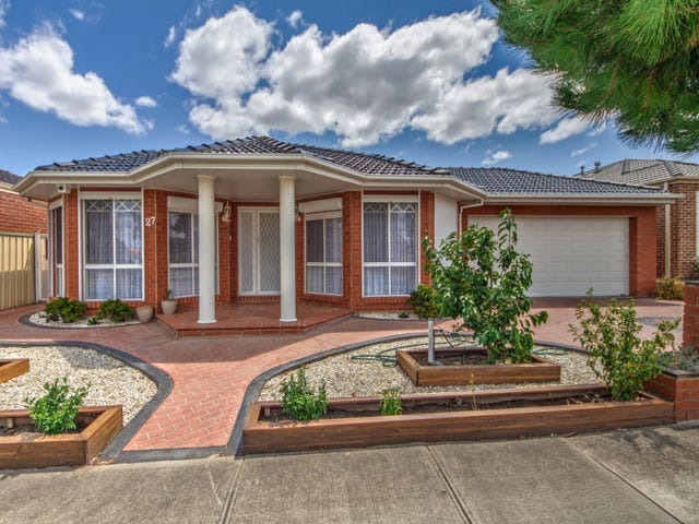 27 Pinewood Crescent, Cairnlea, Vic 3023