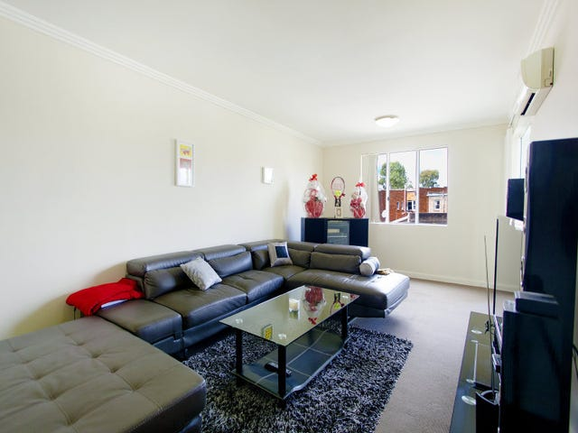 18/2-12 Civic Avenue, Pendle Hill, NSW 2145