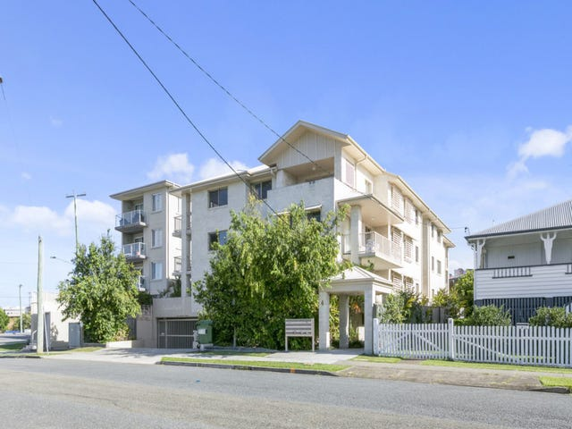 15/4 Skyes Court, Southport, Qld 4215