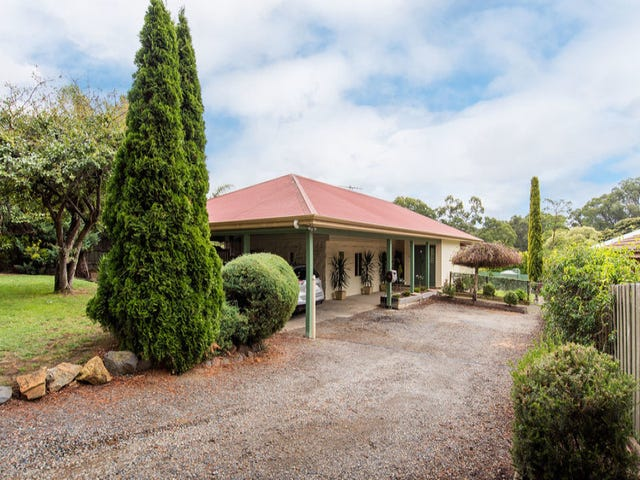 1/11 The Crescent, Mount Evelyn, Vic 3796