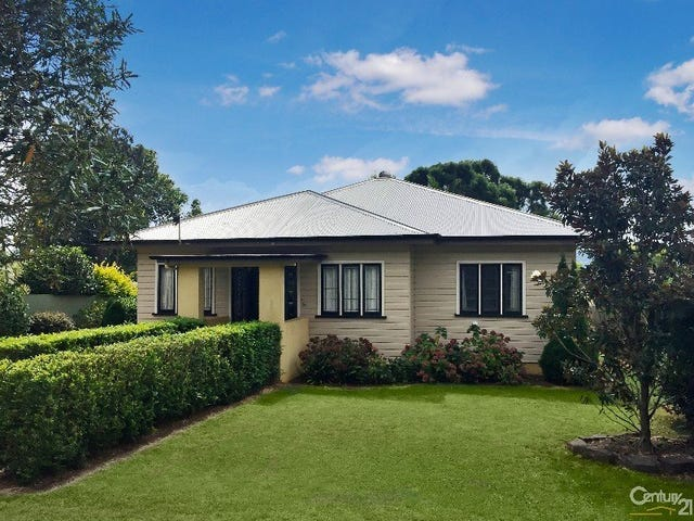 9  Duncraggon Street, South Toowoomba, Qld 4350