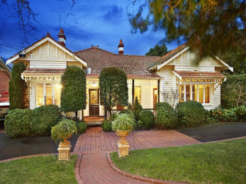 Weatherboard edwardian house