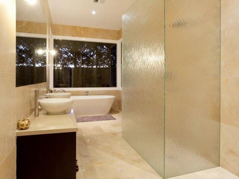 Modern bathroom design with freestanding bath using for Bathroom design 8 x 11