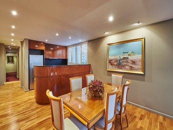 Photo of a dining room design idea from a real Australian house - Dining Room photo 16746665