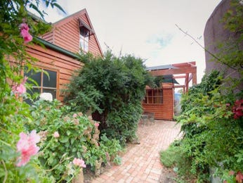 Photo of a brick house exterior from real Australian home - House Facade photo 421706