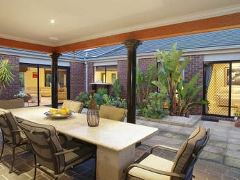Outdoor living design with outdoor dining from a real Australian home - Outdoor Living photo 1264846