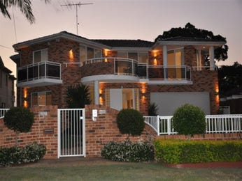 Photo of a brick house exterior from real Australian home - House Facade photo 356398