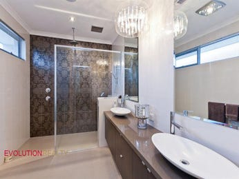 Modern bathroom design with twin basins using frameless glass - Bathroom Photo 14974981