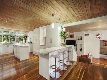 Floorboards in a kitchen design from an Australian home - Kitchen Photo 8989173