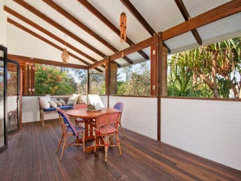 Outdoor living design with balcony from a real Australian home - Outdoor Living photo 503422