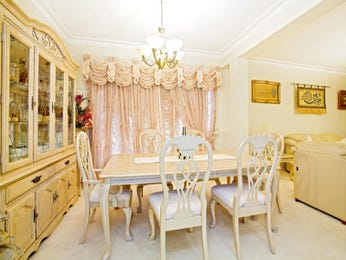 Gold dining room idea from a real Australian home - Dining Room photo 7385585