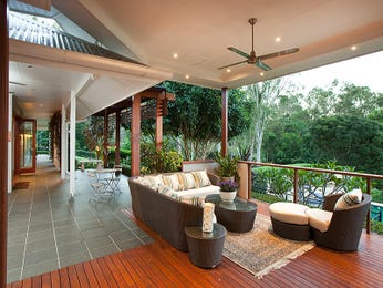 Multi-level outdoor living design with deck & outdoor furniture setting using slate - Outdoor Living Photo 1275935