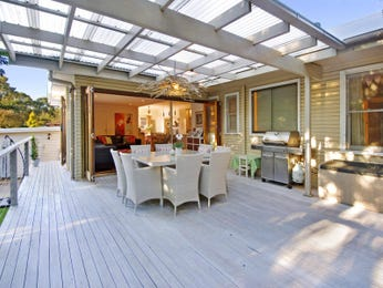 Outdoor living design with balcony from a real Australian home - Outdoor Living photo 515687