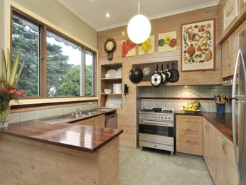 Galley kitchen designs with breakfast bar and decorative for Galley kitchen designs with breakfast bar
