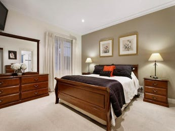 Bedroom Ideas With Feature Wall In Neutral