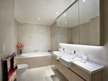 Down lighting in a bathroom design from an Australian home - Bathroom Photo 1314046