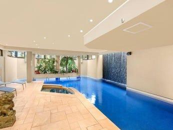 Freeform pool design using natural stone with pool fence & decorative lighting - Pool photo 145159