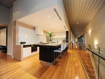 Modern open plan kitchen design using floorboards - Kitchen Photo 17229089