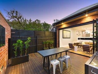 Outdoor living design with outdoor dining from a real Australian home - Outdoor Living photo 7714665
