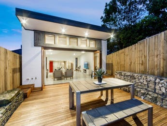 Outdoor living design with deck from a real Australian home - Outdoor Living photo 17140877