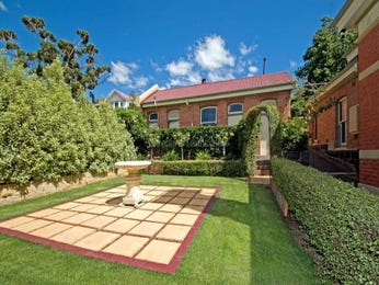 Low maintenance garden design using brick with orchard & hedging - Gardens photo 147506
