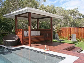 Outdoor living design with balcony from a real Australian home - Outdoor Living photo 471332