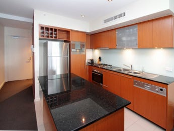 Modern kitchen-dining kitchen design using granite - Kitchen Photo 149209