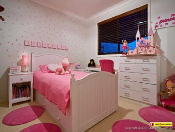 Children's room bedroom design idea with carpet & sash windows using pink colours - Bedroom photo 496575