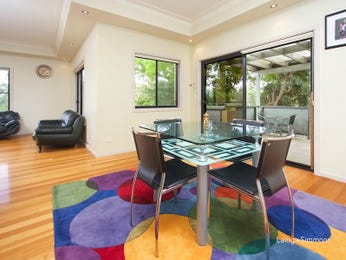 Blue dining room idea from a real Australian home - Dining Room photo 16903125